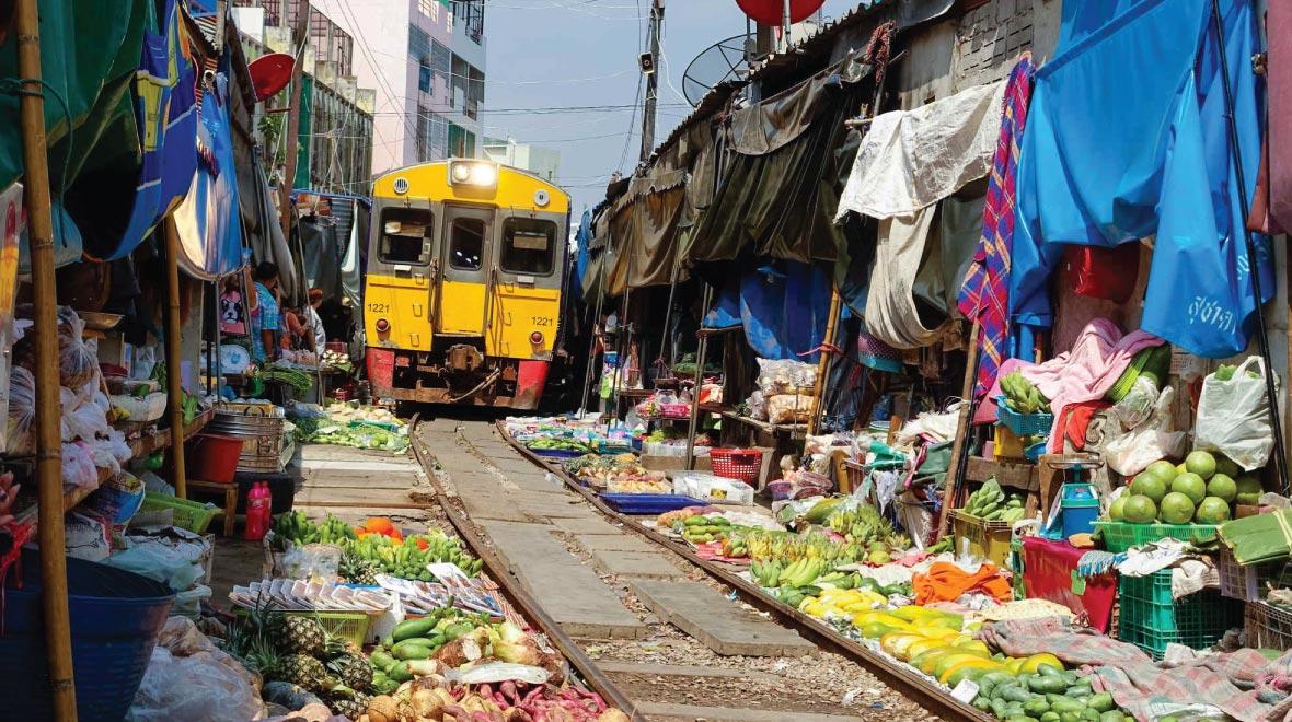Makleong Railway Market