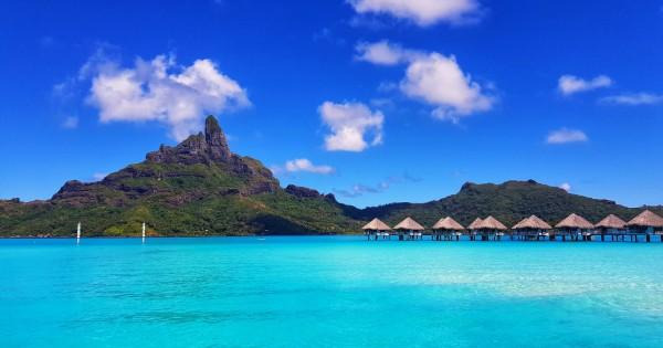 8 Night Dreams of Tahiti Air + Hotel Package