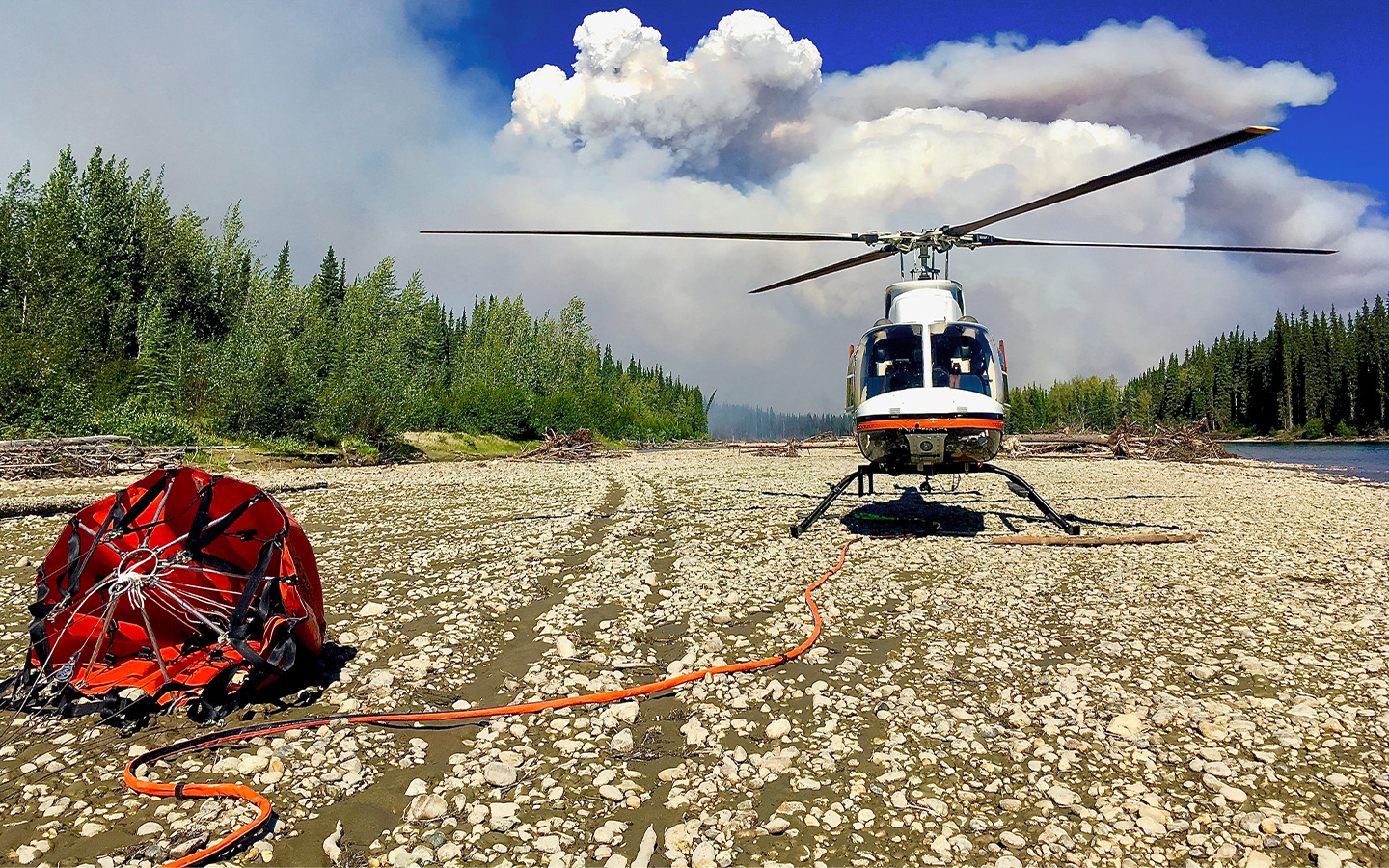 Capital Helicopter fighting wildfires.