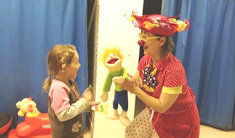 Medical Clown Nehama's Blog: Chapter Four Maya's Story: A Different Sort of Pediatric Surgical Sedation