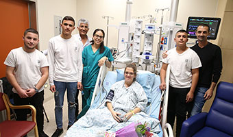 High Schoolers Make an Emotional Visit to Hadassah's Cardiac ICU