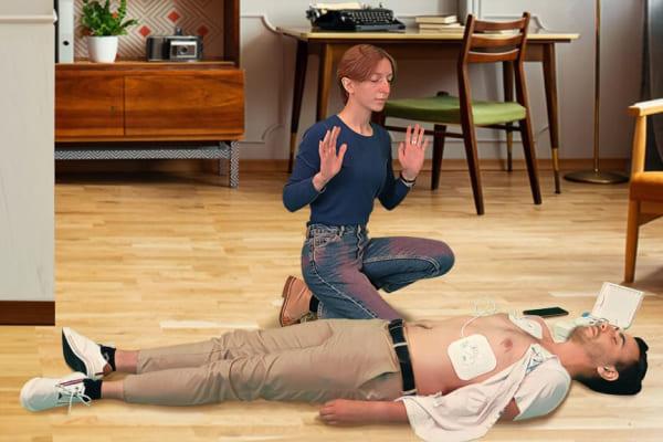 Utilisation du défibrillateur Clark sur une victime d'arrêt cardiaque