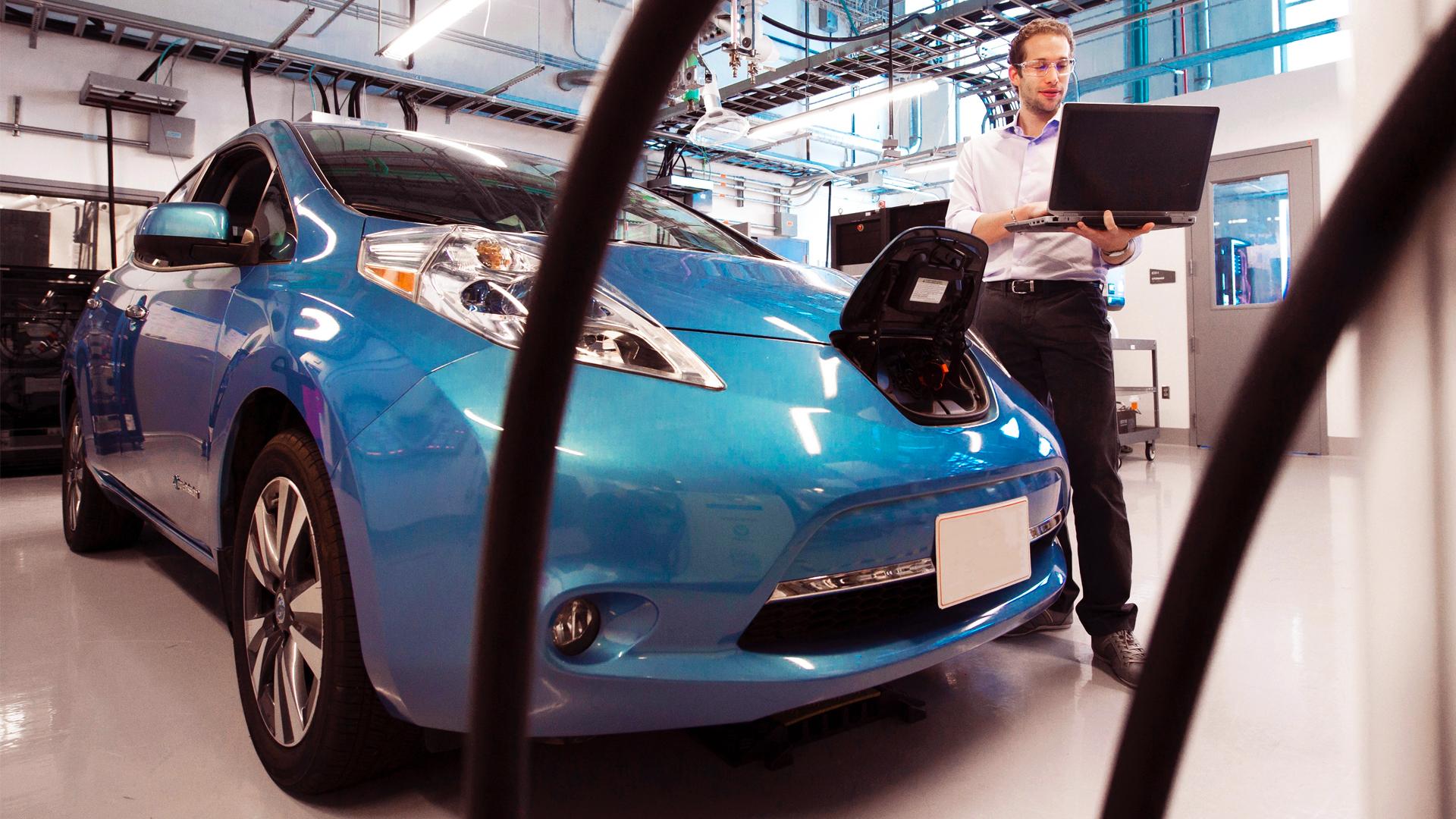 """Kauf eines gebrauchten Elektroautos: So erkennst du eine """"alte"""" Batterie!"""
