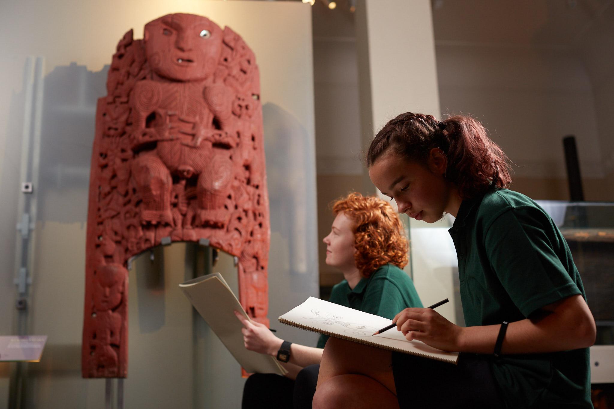 Observational Art in Māori Court