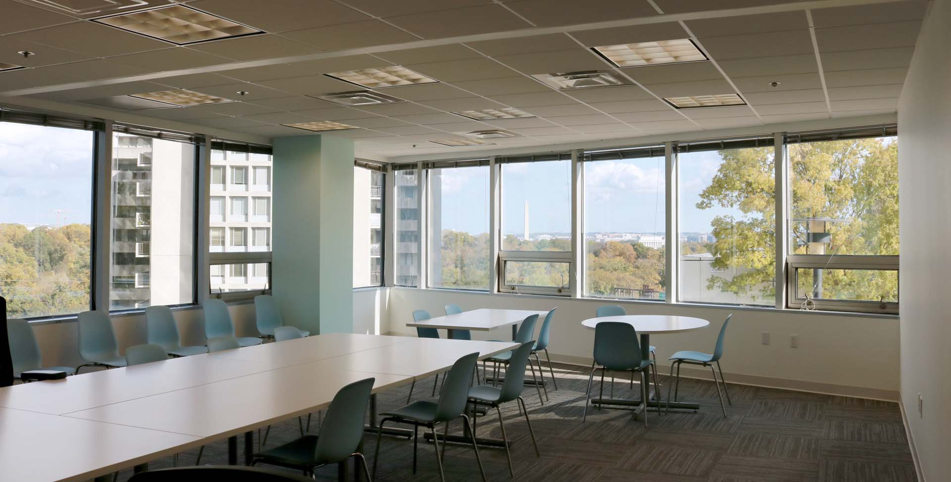 Conference room w/ DC Views