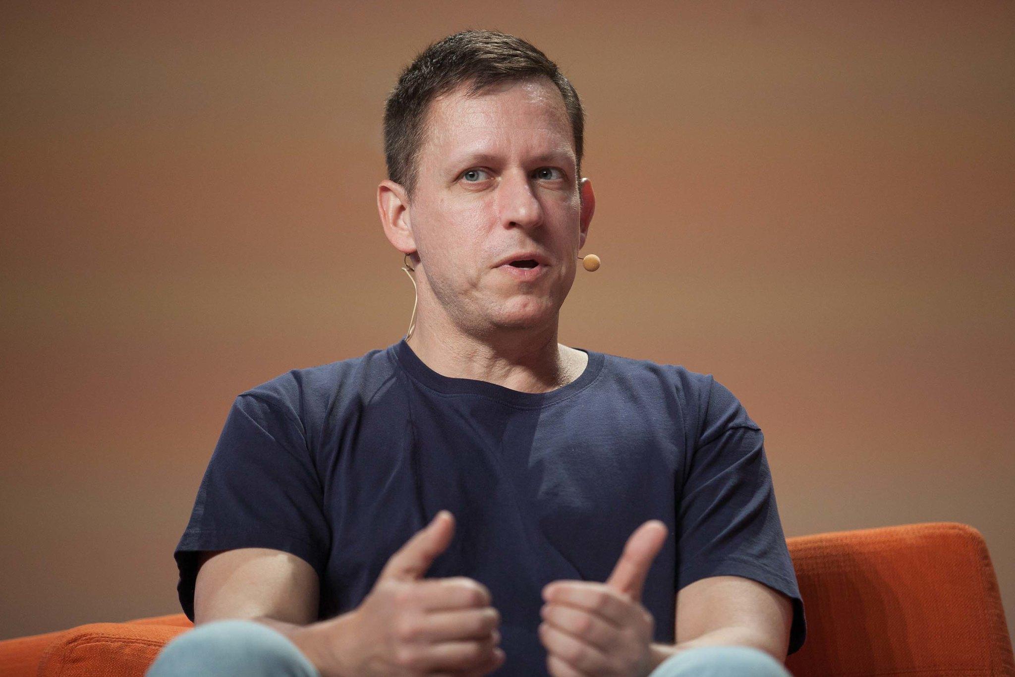 Peter Thiel loves power laws