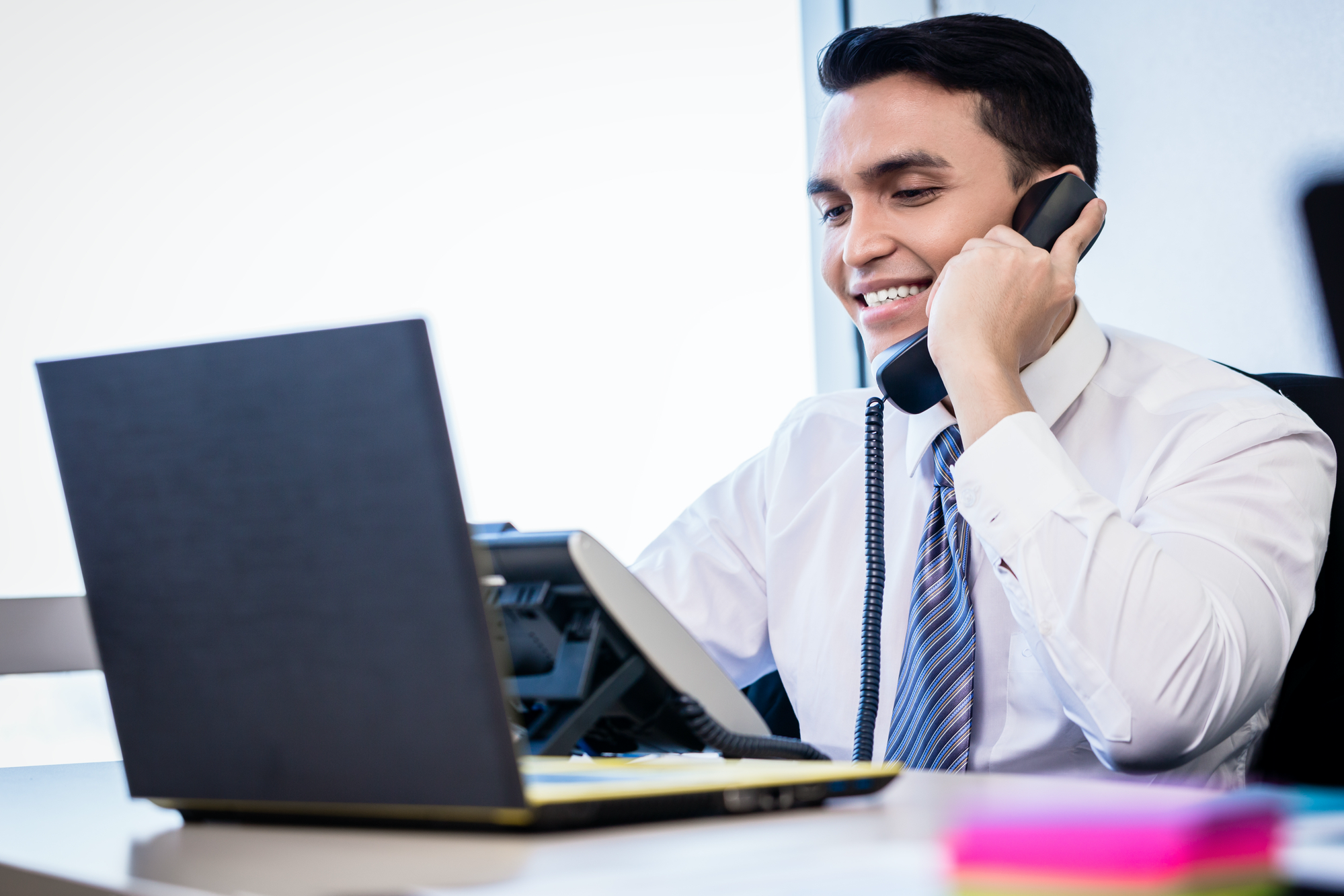 Cold calling doesn't have to be hard, or cold. Here are 10 simple cold-calling tips to heat up cold calls into warm leads and a few hot deals.