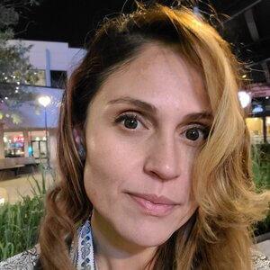 Cindy Ruelas-Tafolla, LCSW