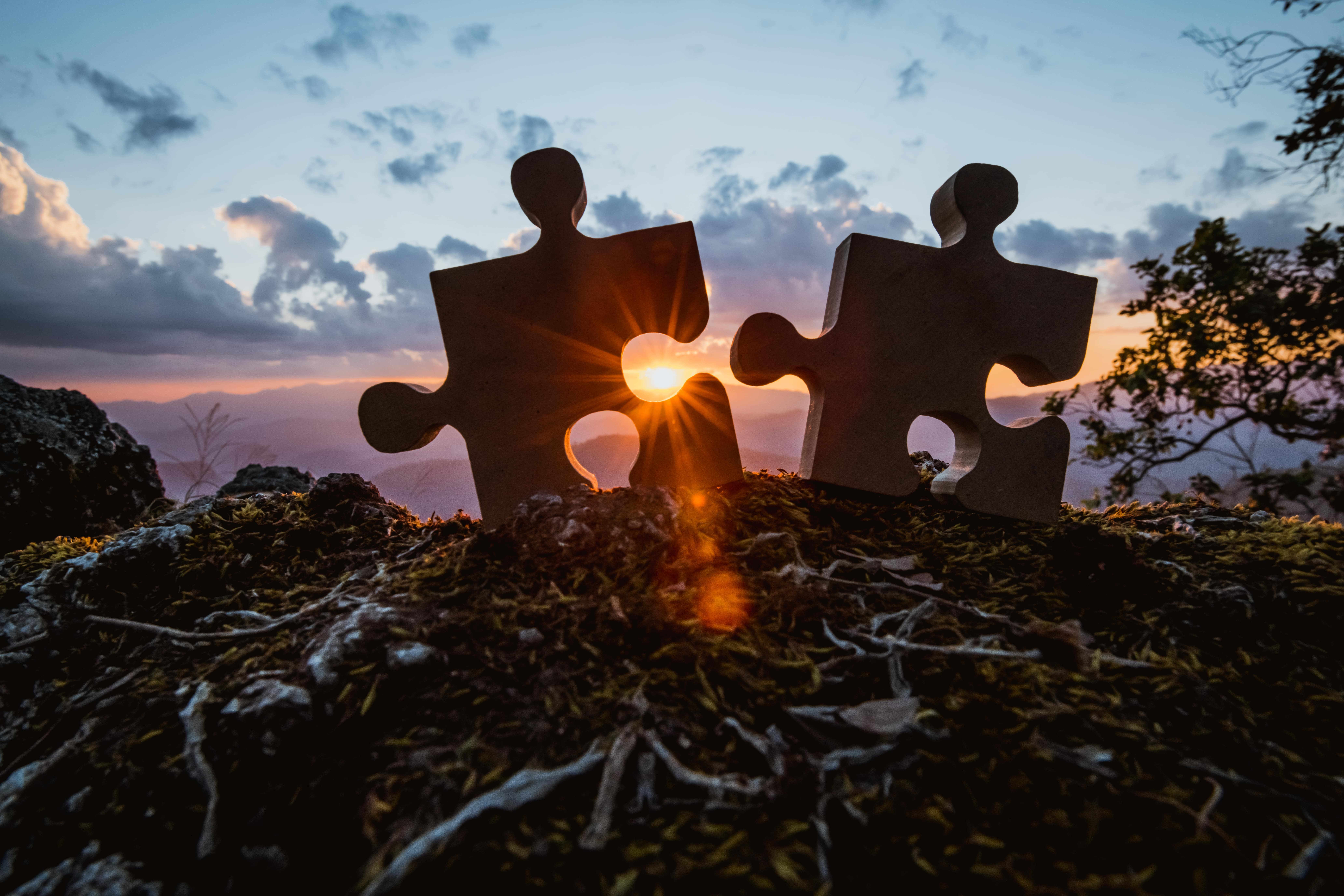 Wimmer puzzle pieces with Sunset