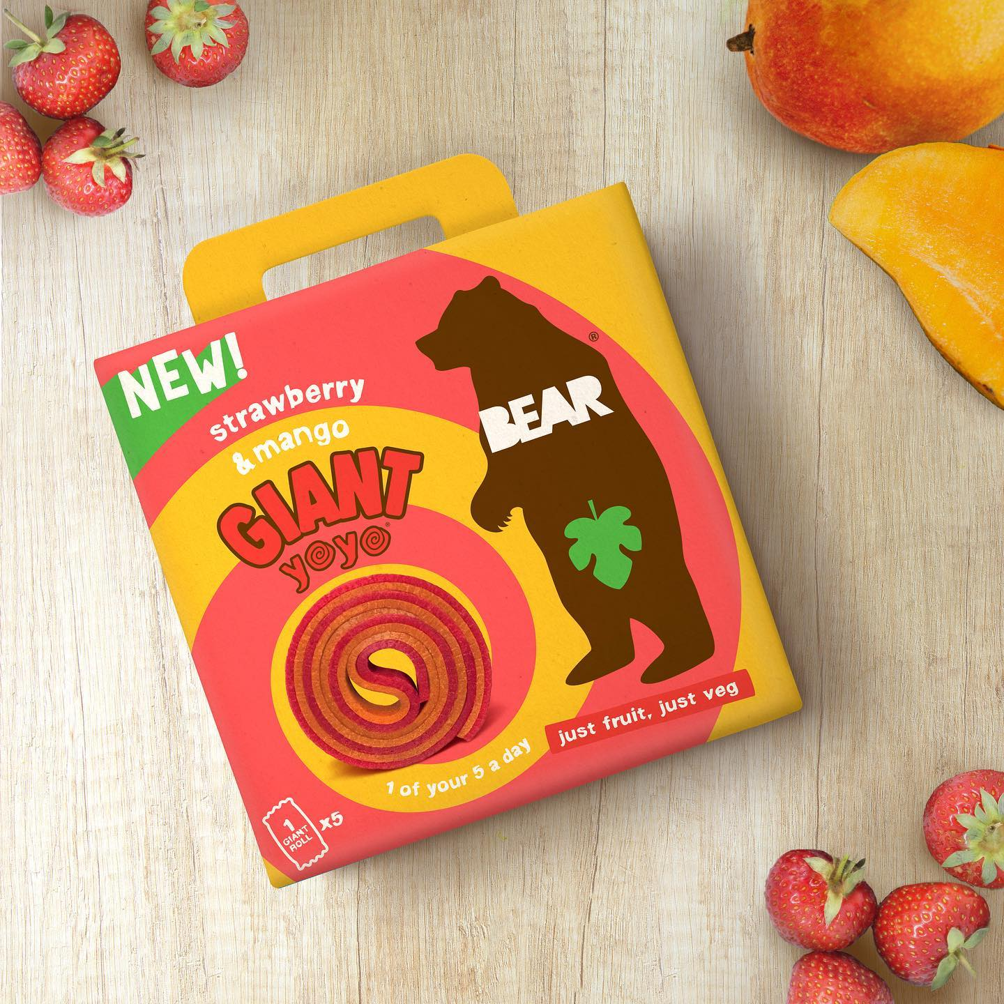Get your paws on our GIANT yoyos, now available in @tescofood - double the flavour, double the fun! 🐻🍓🥭 ⁣ #BackToSchoolWithBEAR #BEARyoyos #RealFruit #RealFlavour #RealFun