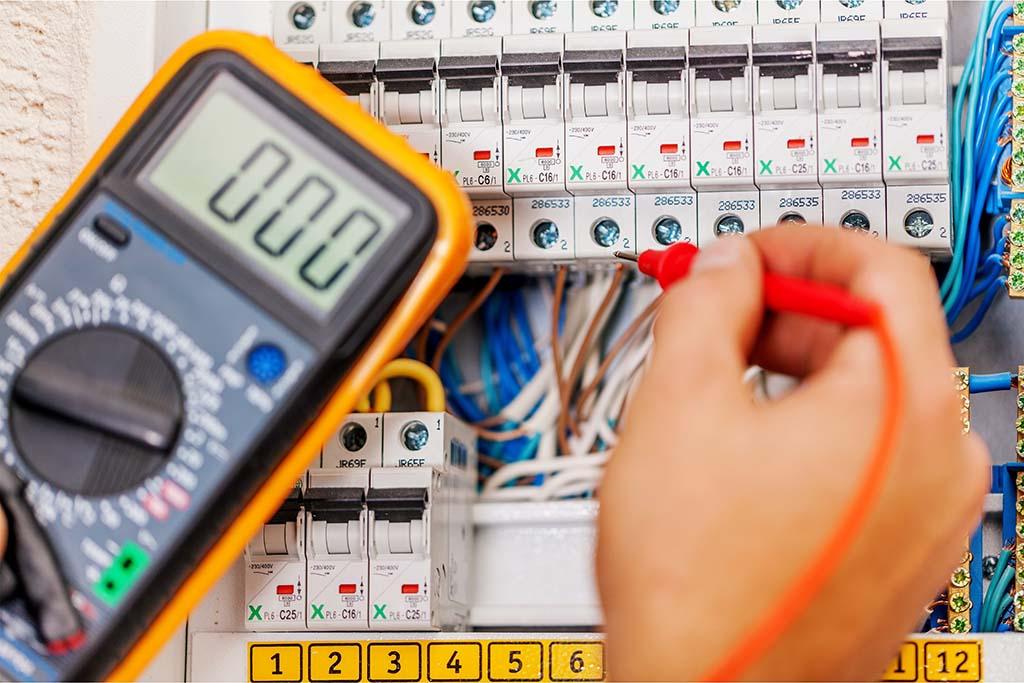 Potencia eléctrica: cuál necesito y cómo cambiarla | Vivus.es