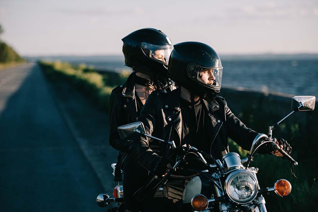 Las 8 mejores rutas en moto por España | Vivus.es