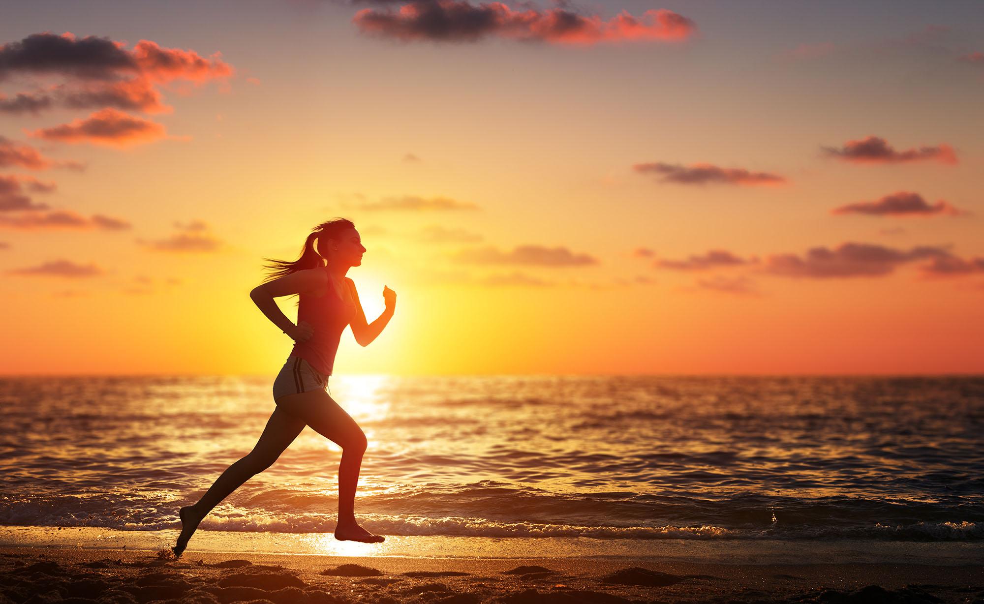 6 deportes de playa para ponerte en forma | Vivus.es