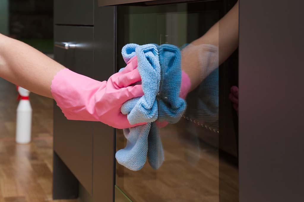 Cuánto cobra una empleada del hogar en España | Vivus.es