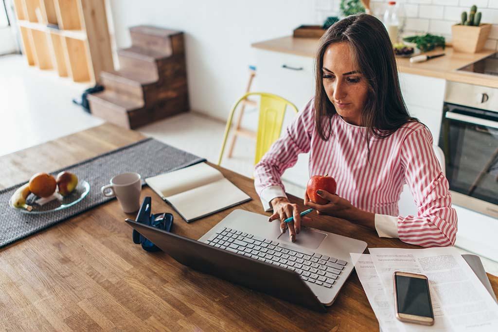 10 consejos para estudiar online o estudiar a distancia | Vivus.es
