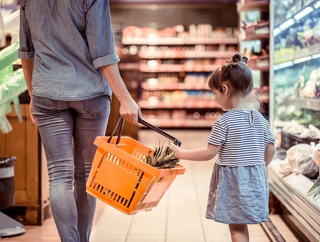 Cómo ahorrar en la compra: trucos para gastar menos en el super