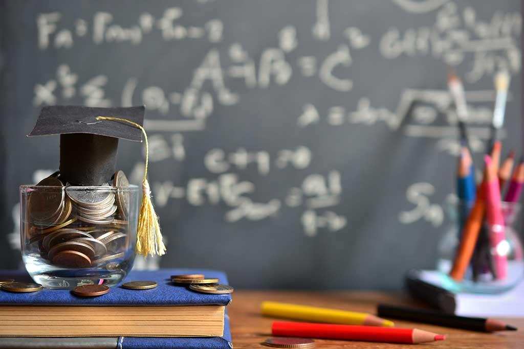 Cómo ahorrar si eres estudiante y tienes poco dinero | Vivus.es