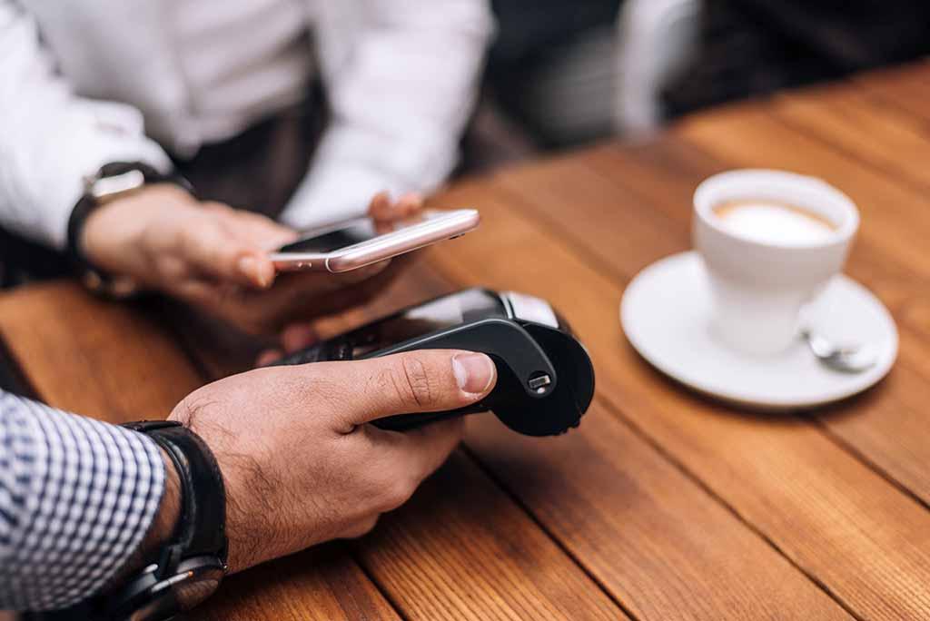 Las mejores aplicaciones para pagar con el móvil | Vivus.es