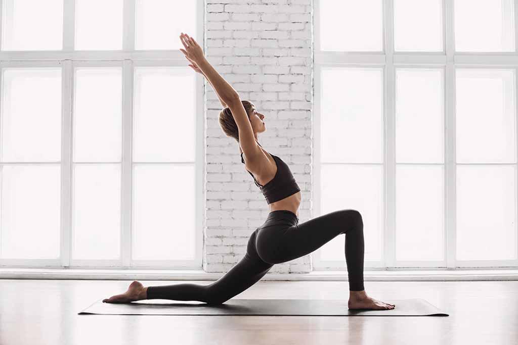 Yoga en casa: todos los consejos para empezar a practicar | Vivus.es