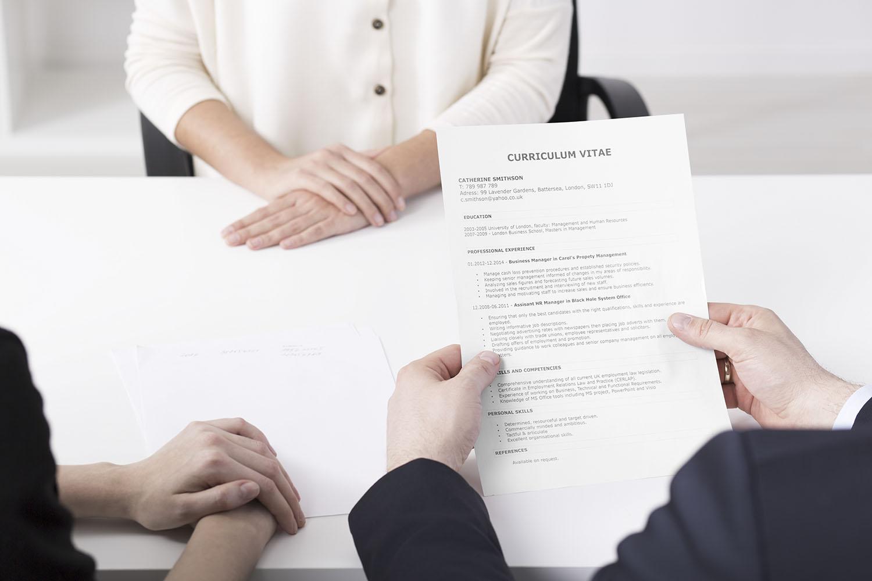 ¿Qué miran las empresas en los CV? Te damos todas las claves