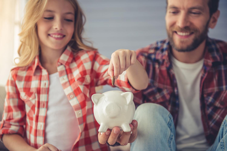 Cinco razones por las que deberías empezar a ahorrar siendo joven