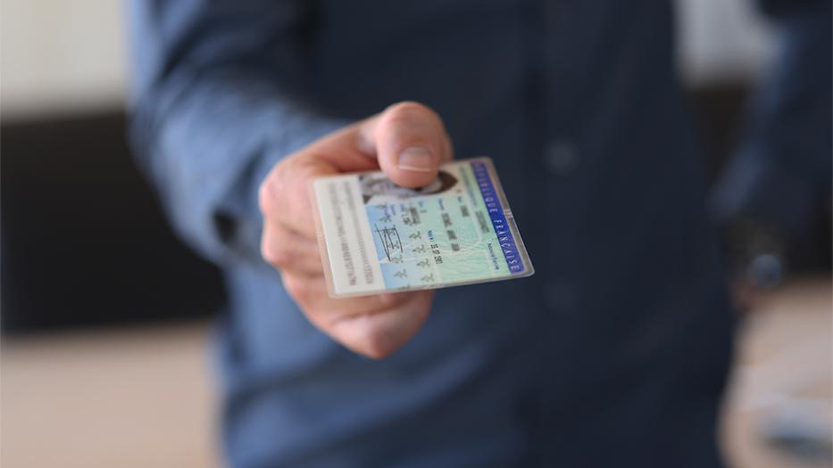 Consigue un crédito solo con DNI, rápido y sin papeles