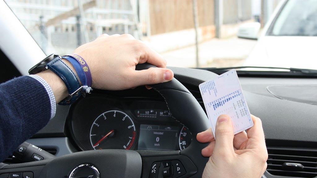 Cómo recuperar los puntos del carnet de conducir | Vivus.es