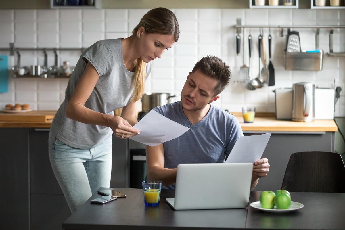 Ocho cláusulas abusivas en el alquiler de una vivienda | Vivus.es
