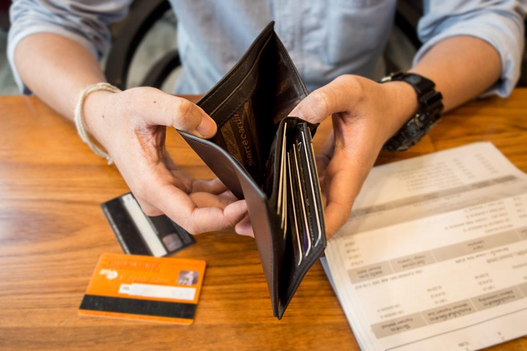 Cuatro estrategias para saber qué préstamo te interesa cancelar antes