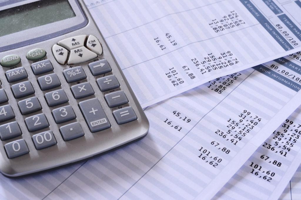 3 cosas que una persona inteligente haría con la devolución de Hacienda