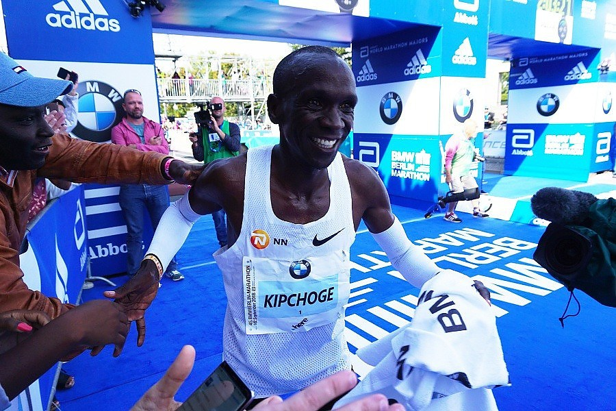 Kipchoge shatters world record