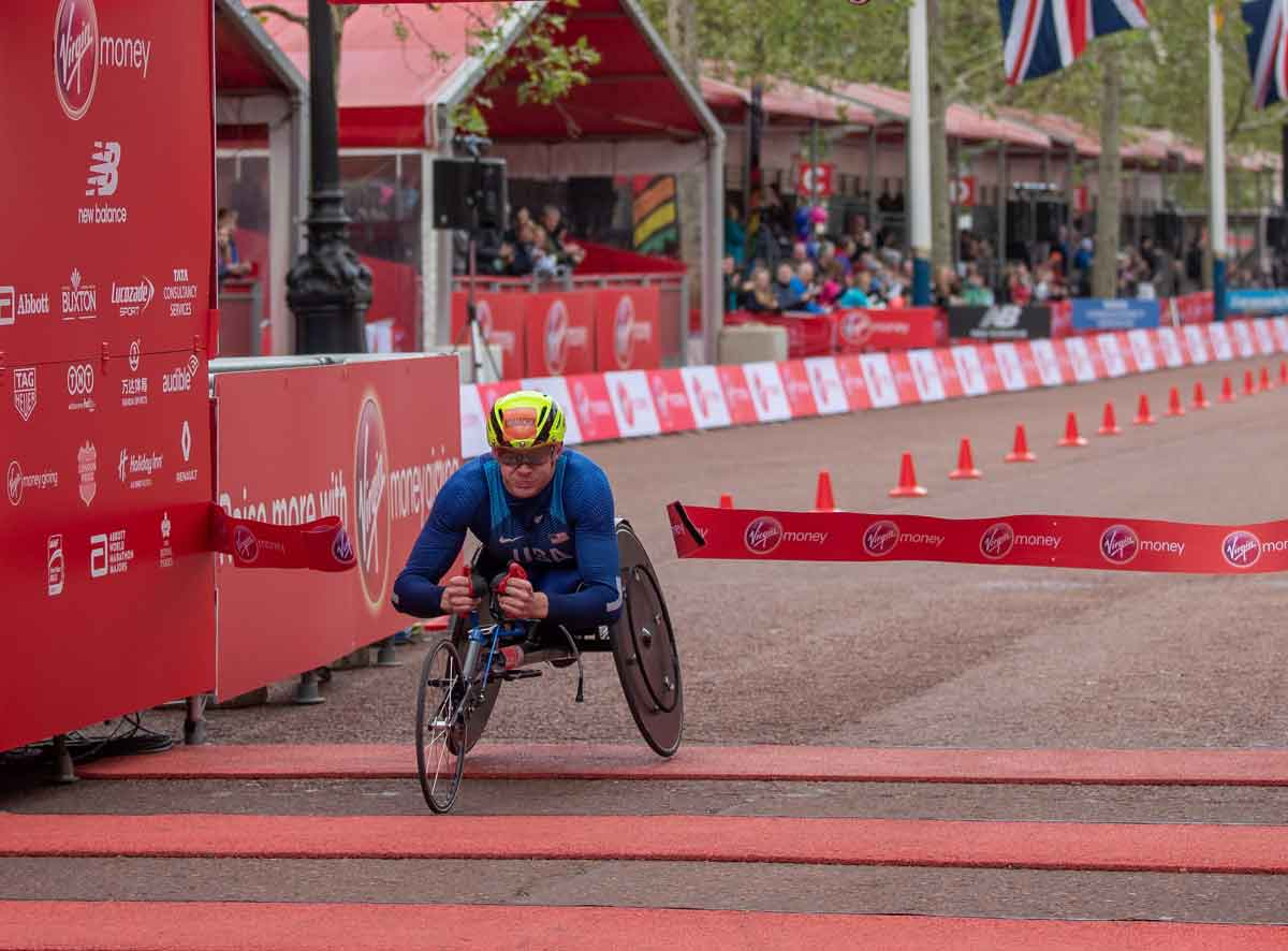 Daniel Romanchuk crosses finish line