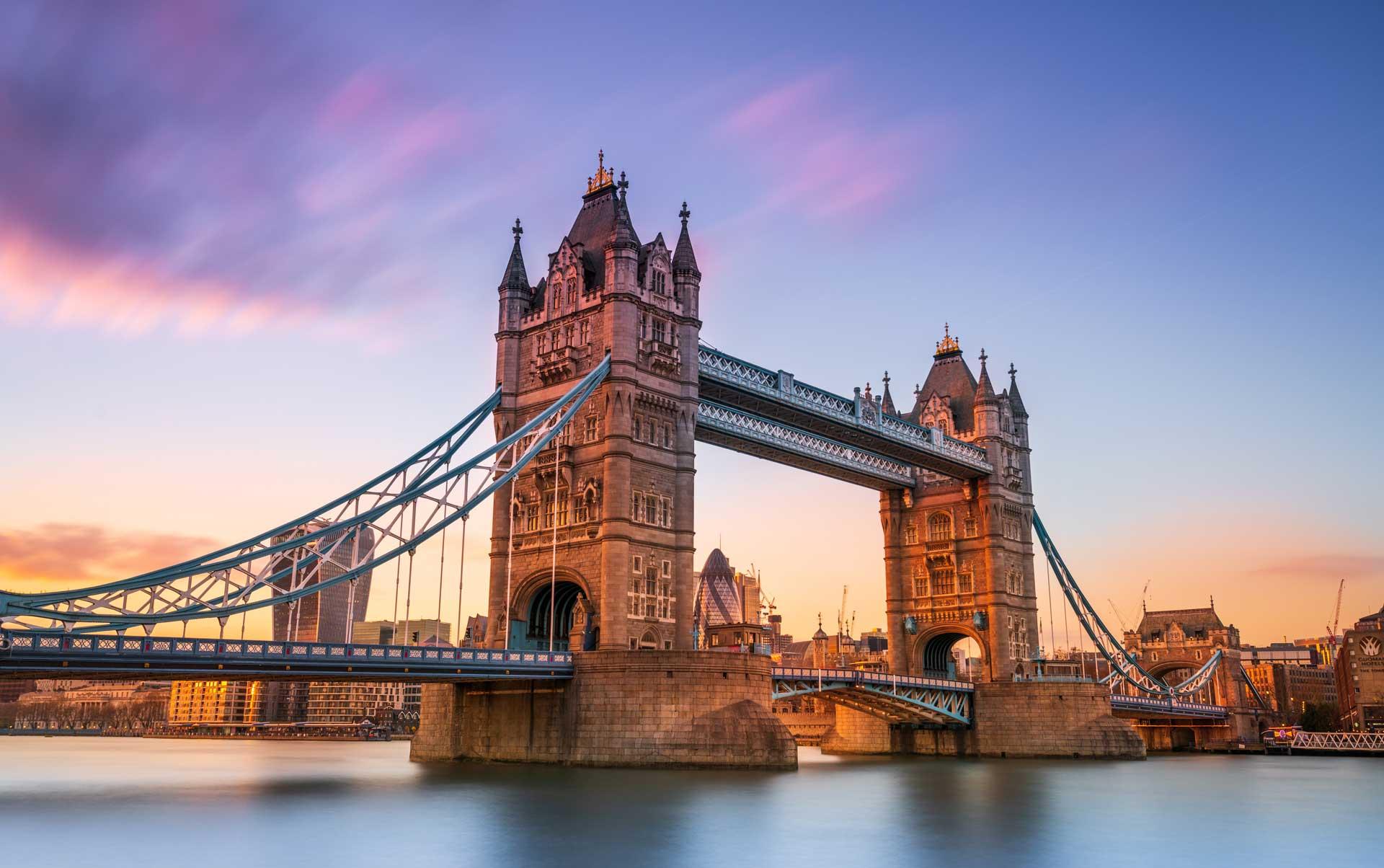 London Bridge World Championship City Landscape
