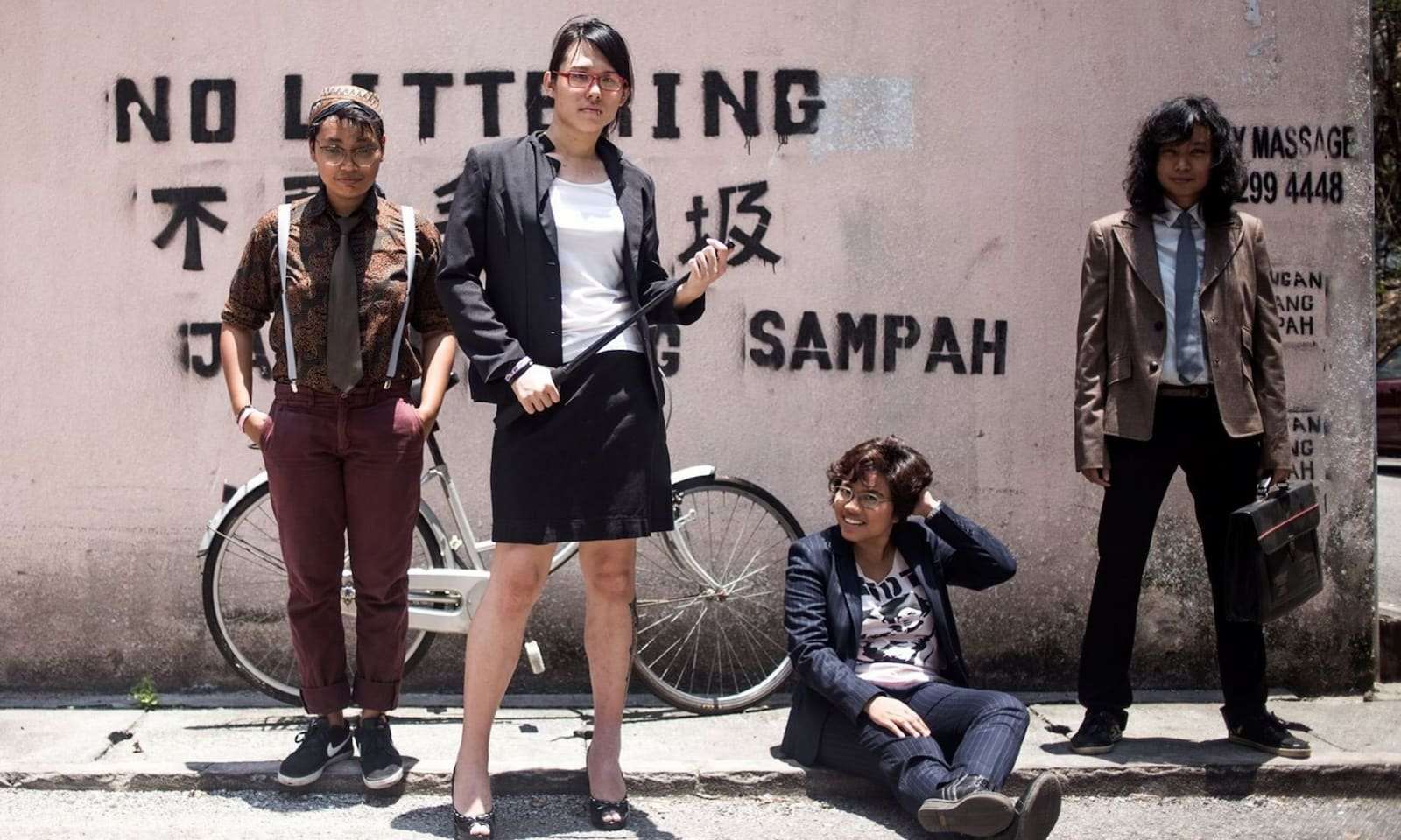 Shh… Diam!: When Punk Rock Meets Queers