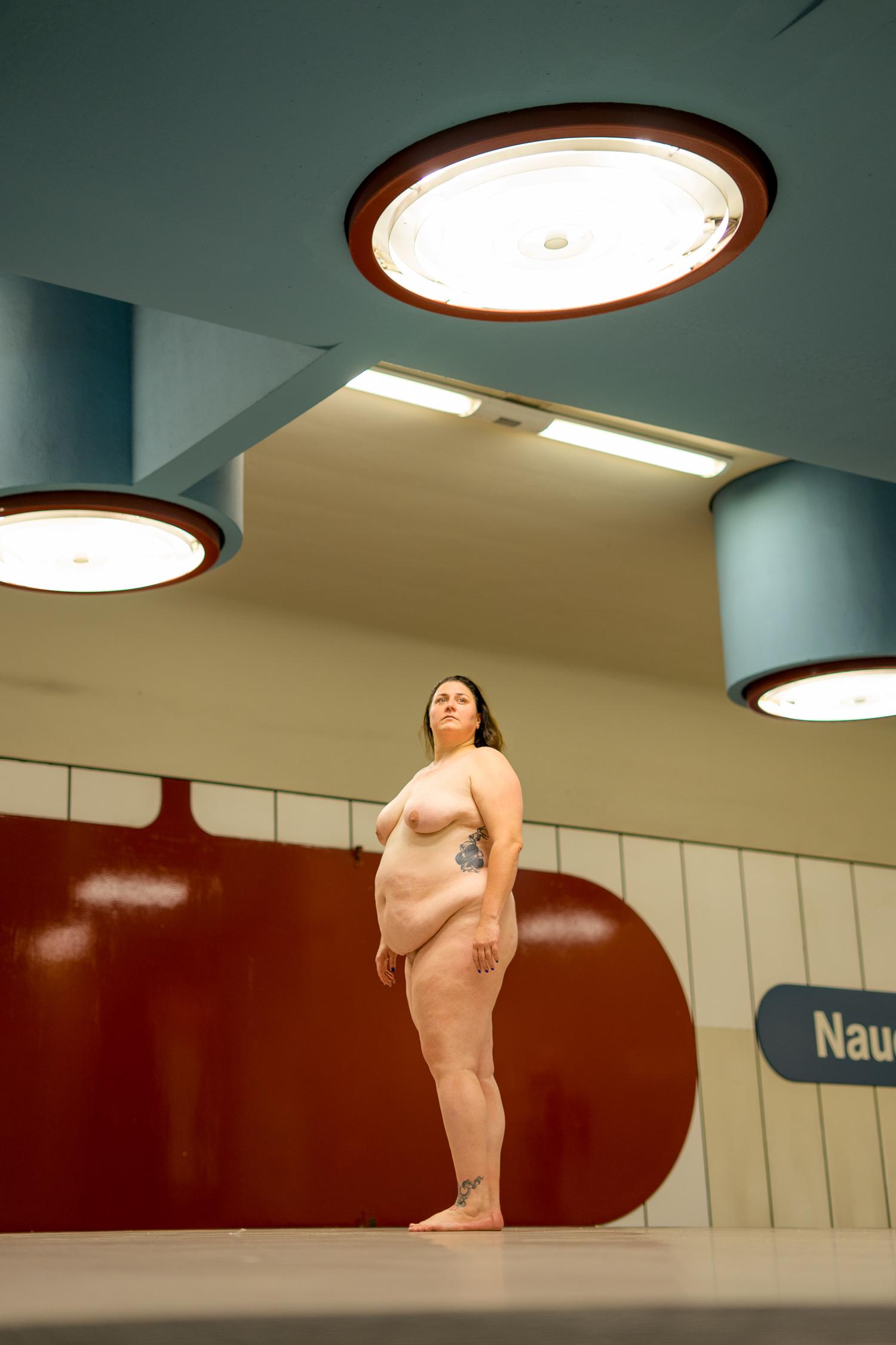 abdulsalam ajaj naked woman metro