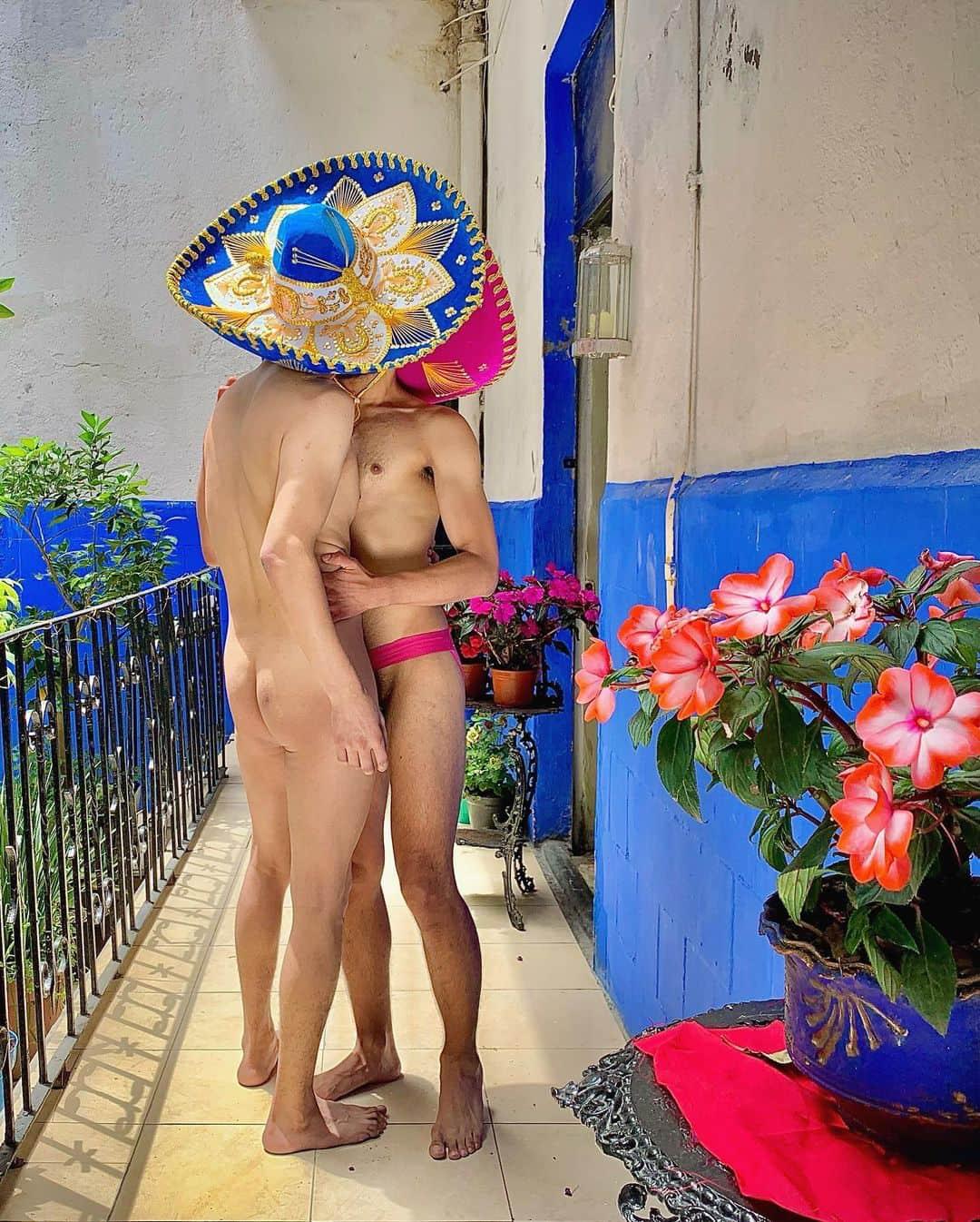 santy mito kissing men