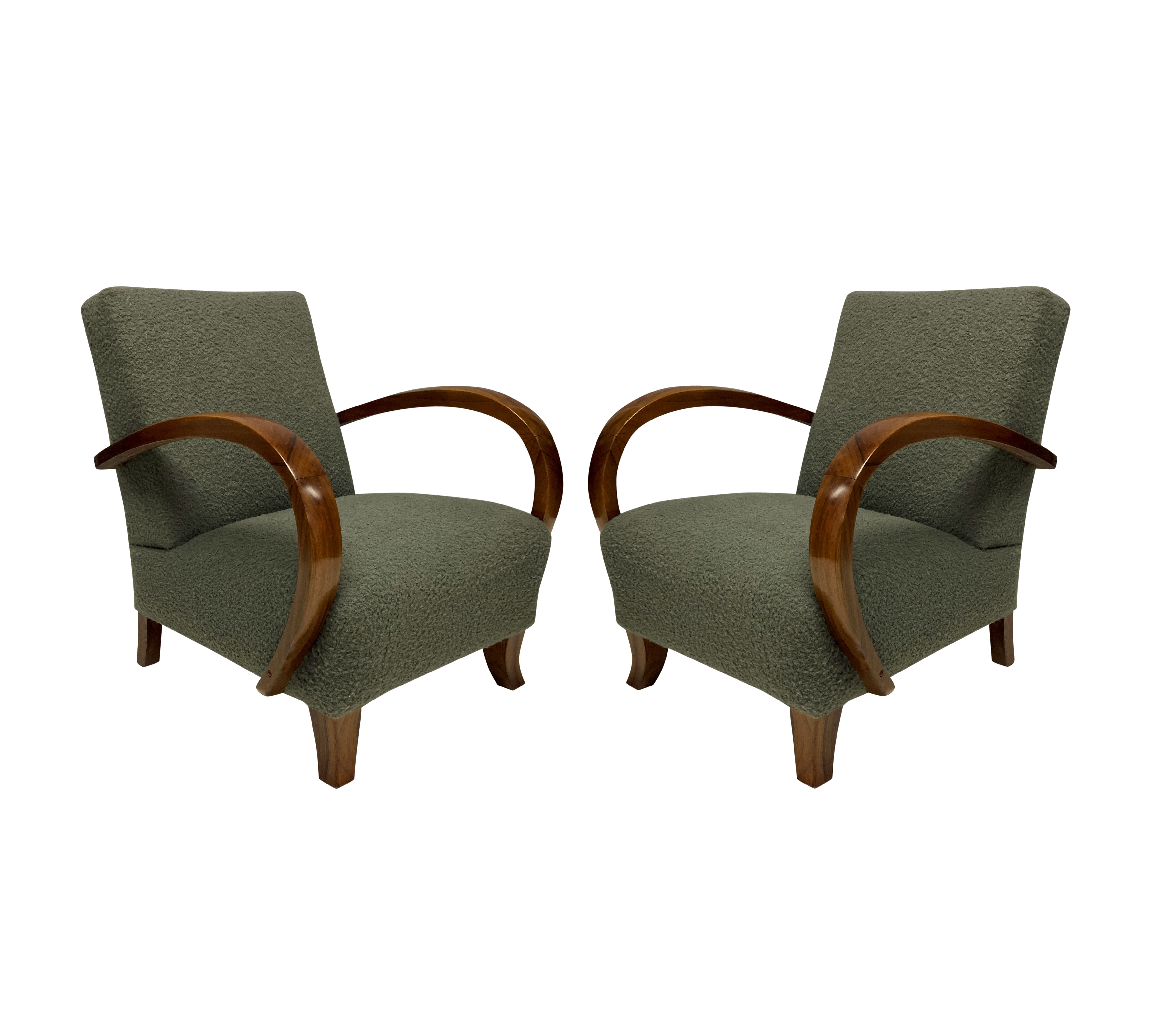 A PAIR OF FRENCH 1940'S ARMCHAIRS