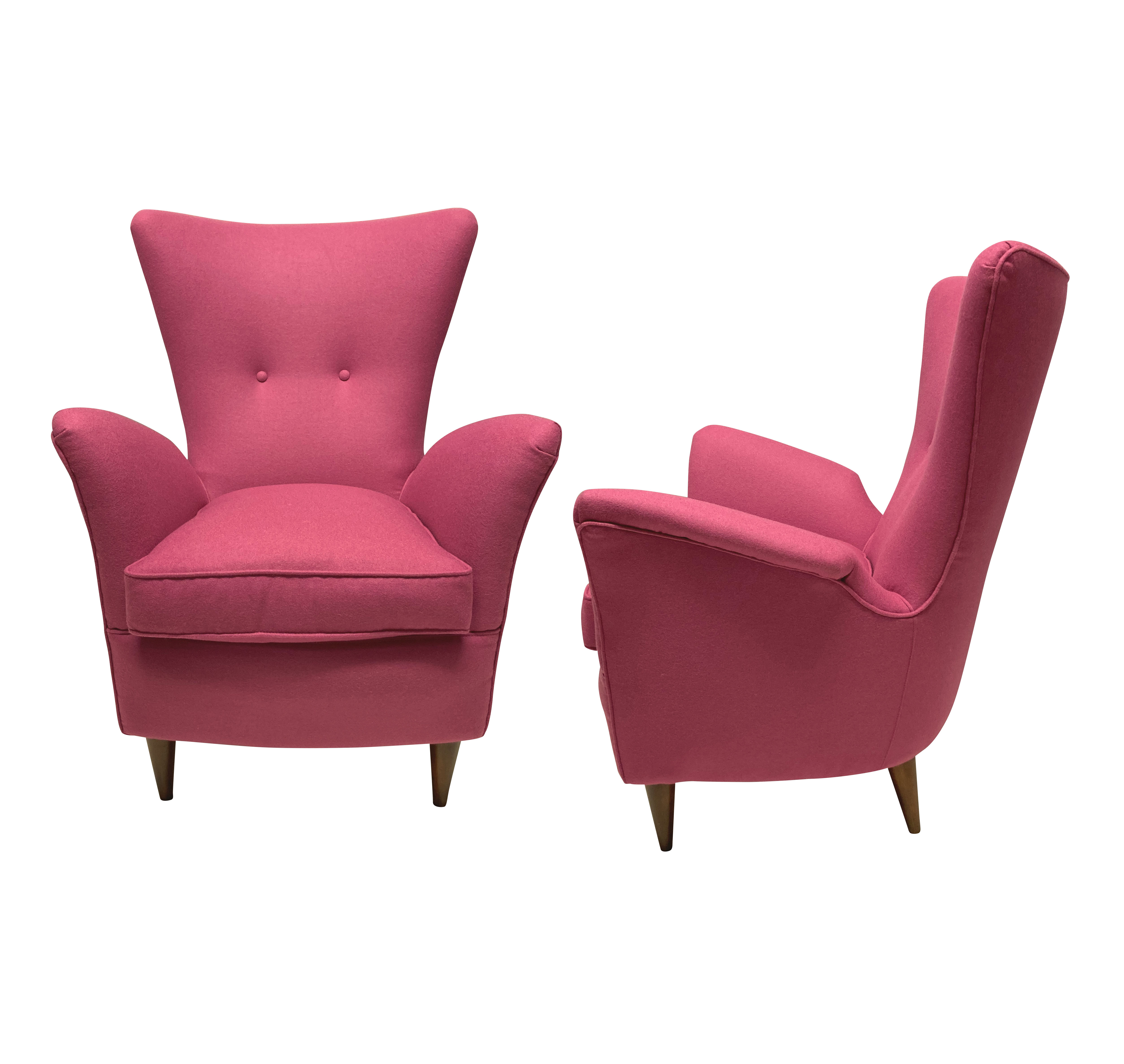 A PAIR OF ITALIAN ARMCHAIRS BY MELCHIORE BEGA