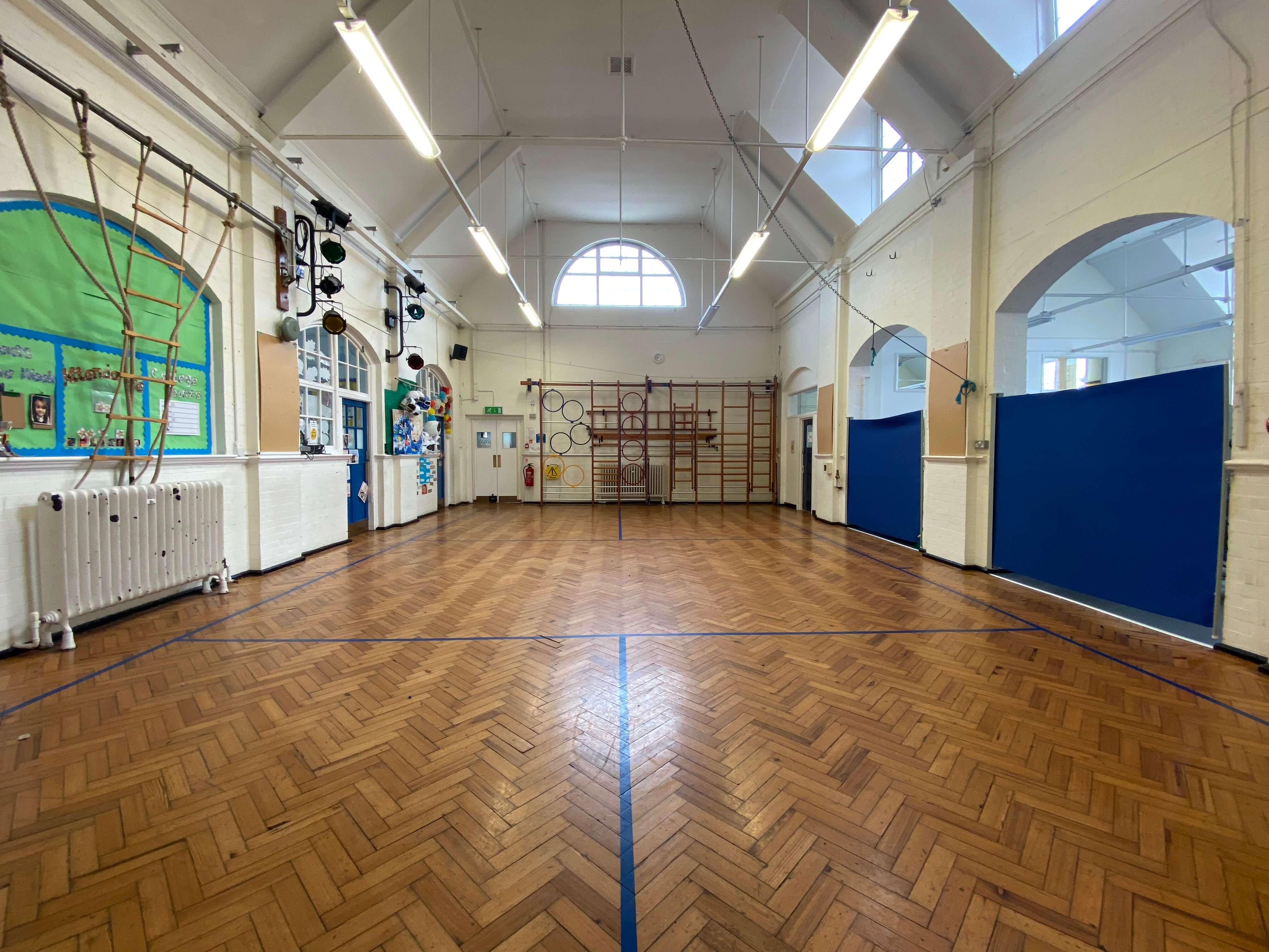 Hollickwood Primary School Main Hall