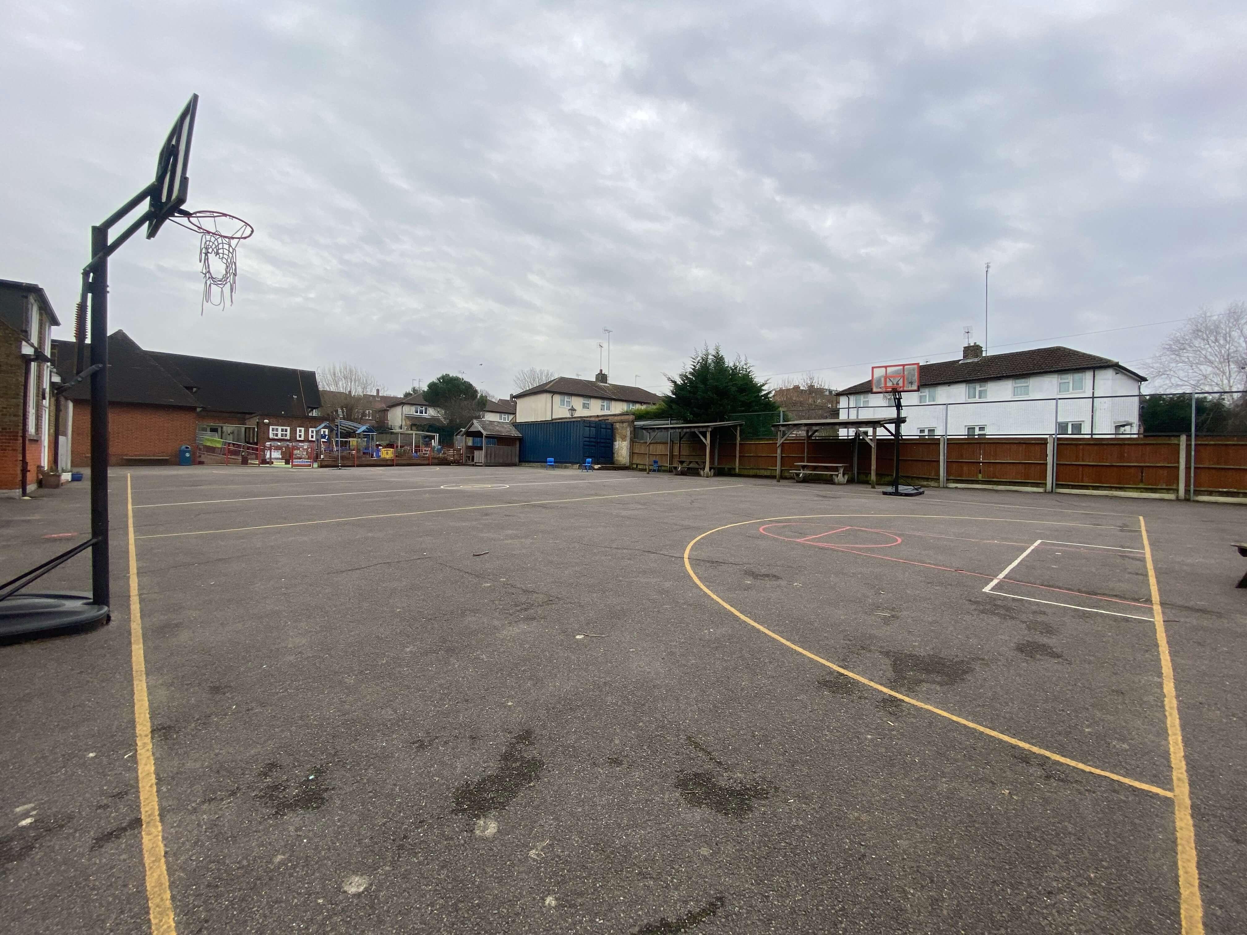 Hollickwood Tarmac Courts