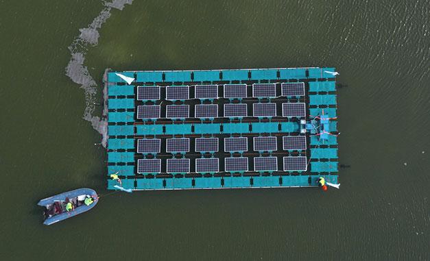 用太阳能曝气器保持水的健康
