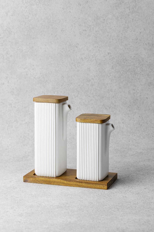 Oil Pourer Set in White