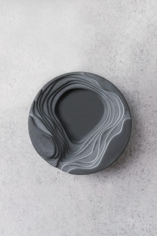 Concrete Salt & Pepper Pincher In Midnight Grey