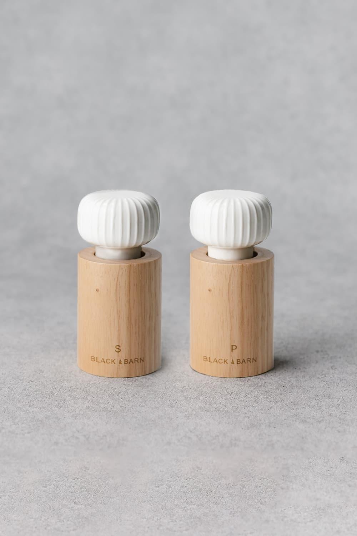 Salt & Pepper Grinder Set In White