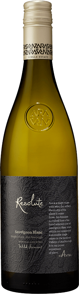 Ara Resolute Sauvignon Blanc Bottleshot