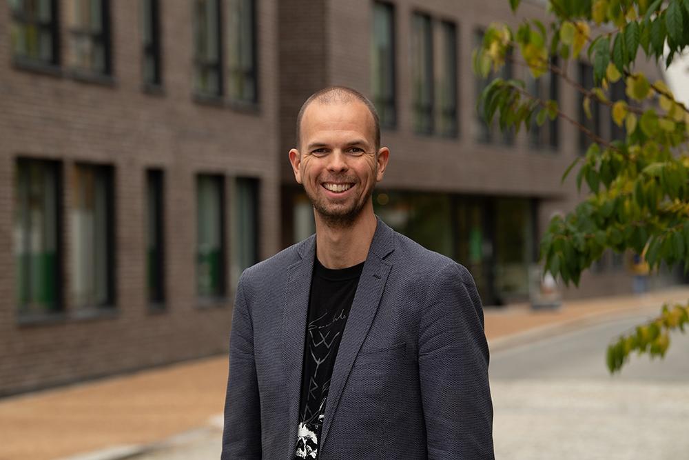 Portrettbilde av Petter Johnsen, Senior digital rådgiver og Inbound spesialist i Labs