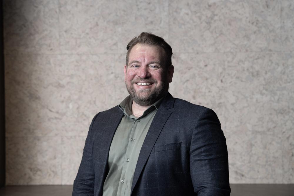 Portrettbilde av Are Sørenstuen , senior forretningsutvikler strategi og organisasjon