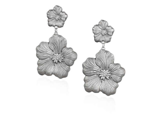 A PAIR OF SILVER PENDENT EARRINGS, BY BUCCELLATI