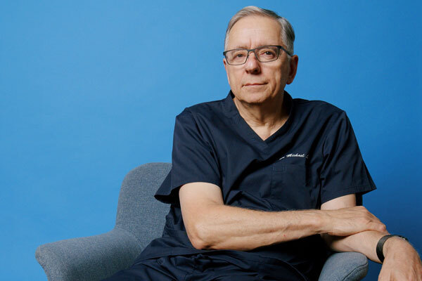 Dr Knudsen