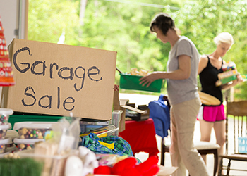 2 women at a garage sale